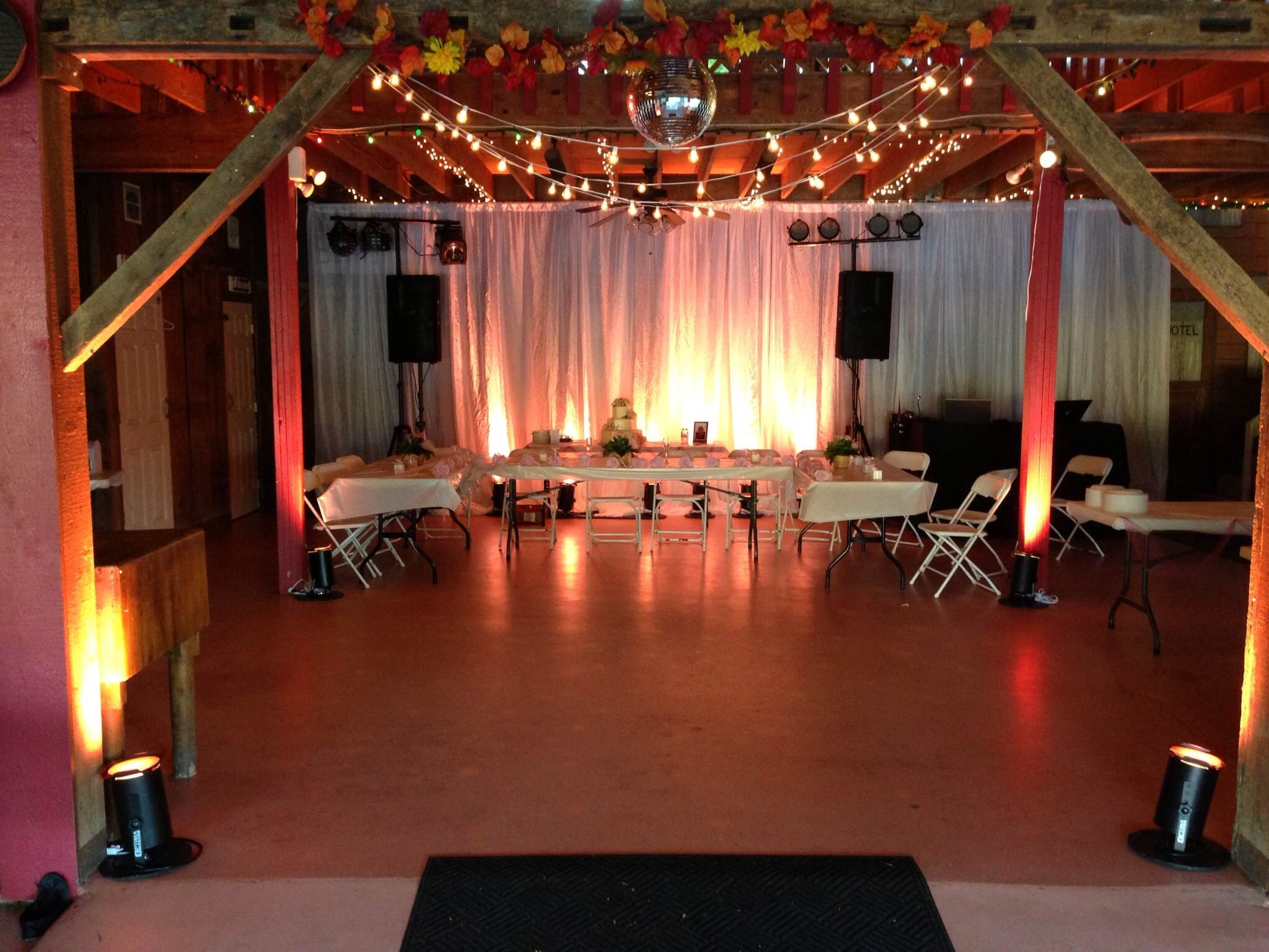 Gilbert S Party Barn Party Pleasers Services
