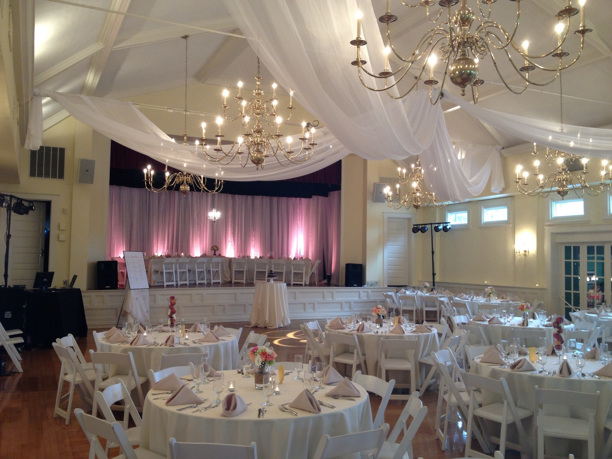 Lighting Decor Amp Venue Photo Gallery Party Pleasers