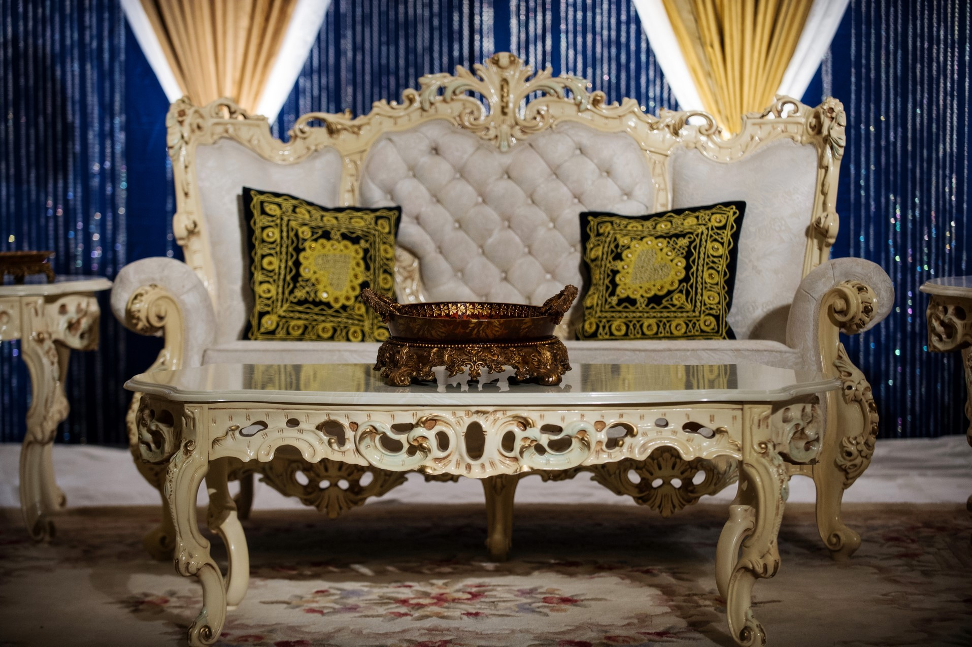 Furniture And Decorative Seating Party Pleasers Services